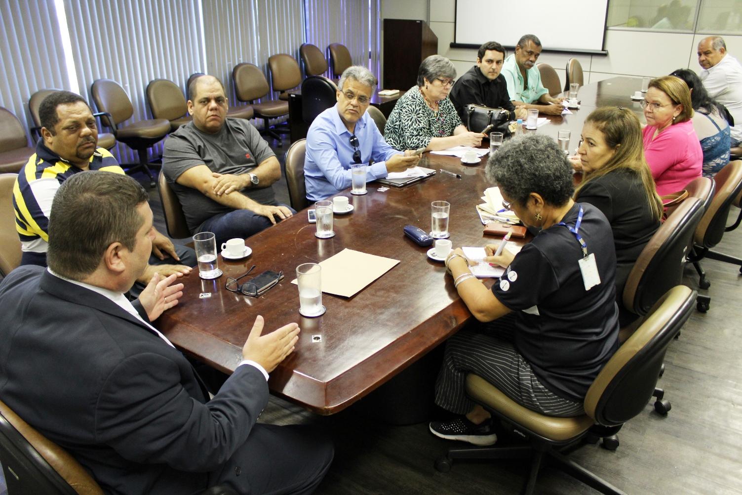 Em reunião do GPCOT, servidores do ex-MTb debatem avaliação de desempenho